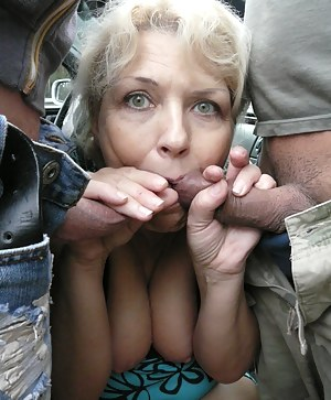 Free MILF Blowbang Porn Pictures